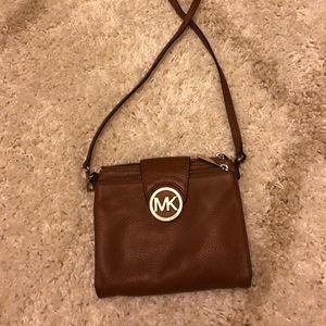 Satchel Michaels Korr bag with wallet inside